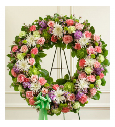 Send Picturesque Greens Wreath To Cebu