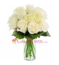 send 12 stems white roses in glass vase to cebu
