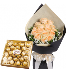 15 Peach Roses Bouquet with 24pcs Ferrero Chocolate