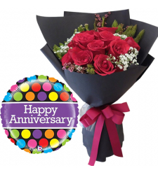 12 pcs Red Roses Bouquet and Anniversary Balloon