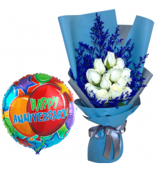 12 Pcs. White Roses with Anniversary Balloon