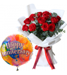 12 Pcs. Red Roses Bouquet with Mylar Balloon