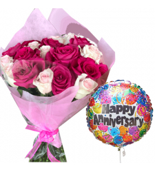 20 Mixed Roses Bouquet with Anniversary Balloon