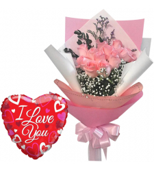12 Pink Roses Bouquet with Mylar Balloon