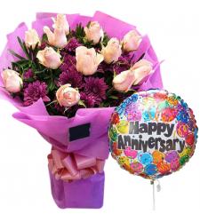 12 Pcs Peach Roses with Anniversary Balloon