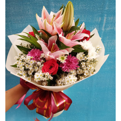 send red roses with pink lily in bouquet to cebu