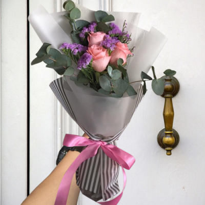 send 3 stems pink color roses in bouquet to cebu