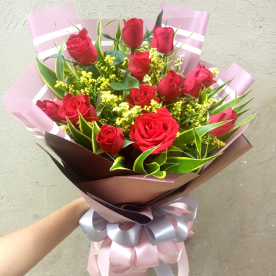 send 12 stems red color roses bouquet to cebu