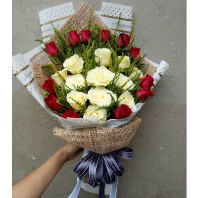 send 24 red and white roses in bouquet to cebu