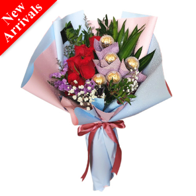 V-Day Exclusive Roses and Chocolate Bouquet